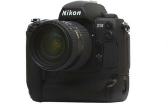 Nikon D1X DSLR Camera